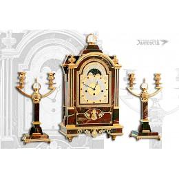 Часы и подсвечники 2-х рожковые