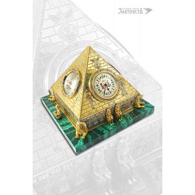 Часы Пирамида-2