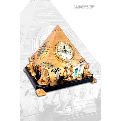 Сувенир «Часы Пирамида»